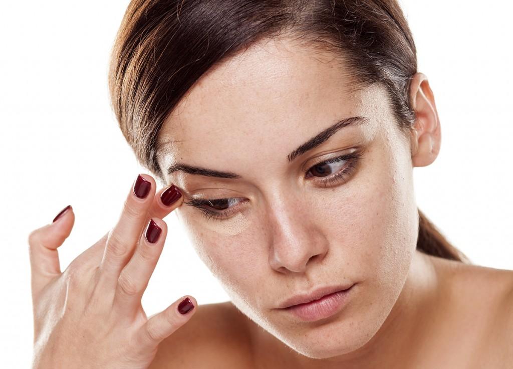 Anti-Aging Eye Care: Fix Dark Circles and Treat Crow's Feet